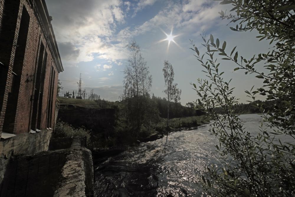 На гидроэлектростанции