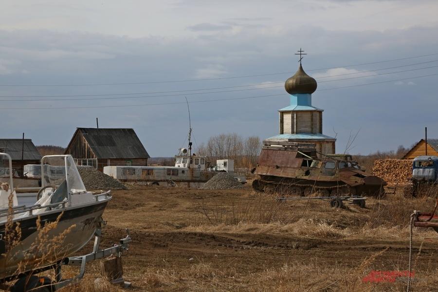 Поселок Гари, река Сосьва, месторождение нефти