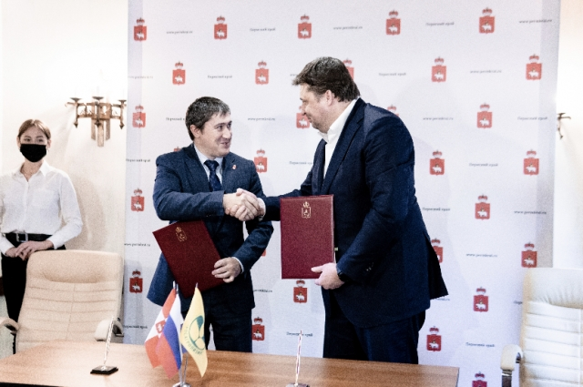 Павел Косов и Дмитрий Махонин подписали важное соглашение о сотрудничестве.