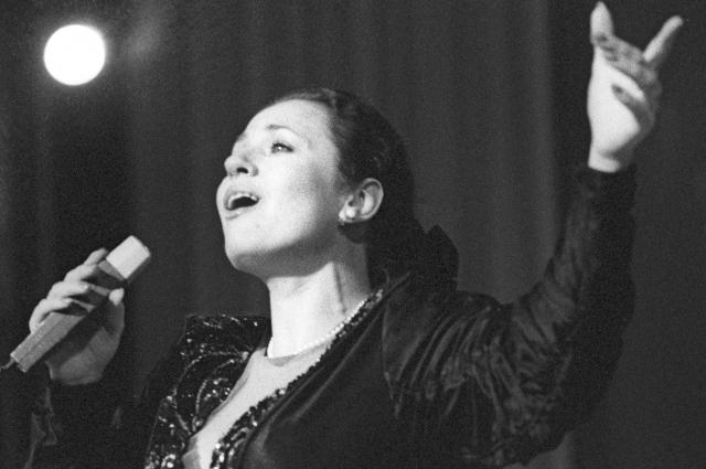 Валентина Толкунова, 1989 г.