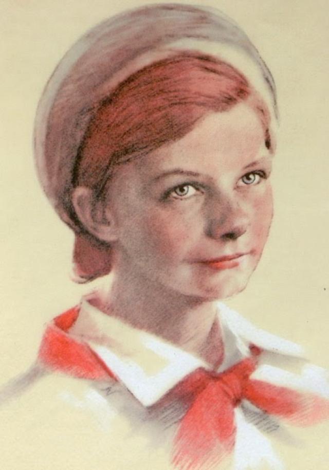 Юта Бондаровская, как и ее подруга Женя, погибла на войне.