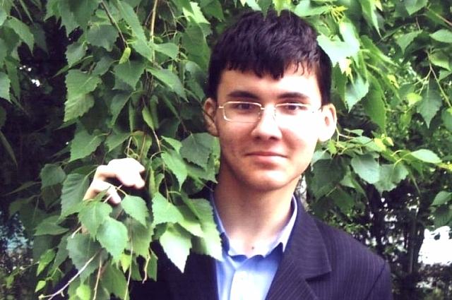 Евгений оказался отличным надежным работником.