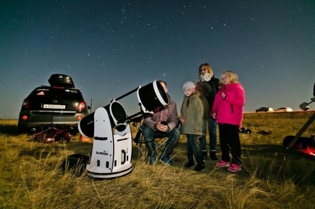 одна из задач нашего проекта – популяризировать науку и привлекать в неё тех, кто уже завтра следом за Маском будет организовывать туристические полёты к дальним планетам.