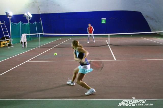 Теннисная школа откроется с праздничной программой.