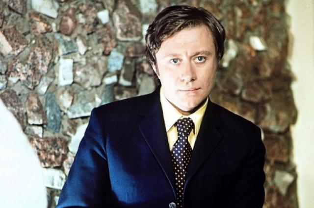 Актер театра и кино Андрей Миронов. 1974 год