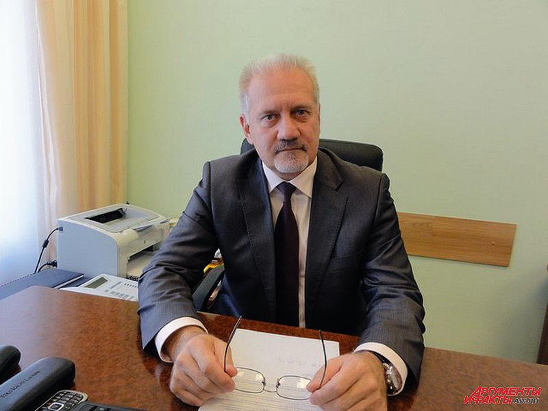 Омбудсмен Ярославской области Сергей Бабуркин и его коллеги сразу включились в судьбу пенсионера
