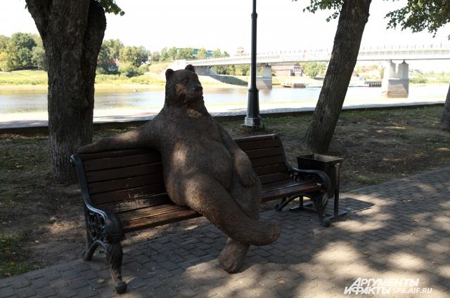 Мишка - самый дружелюбный памятник города