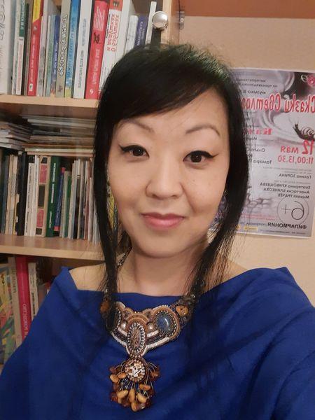 Детская писательница Ирина Цхай