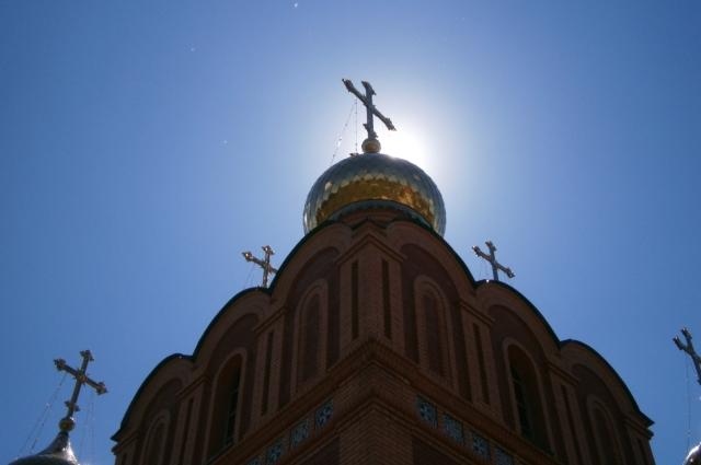Купола Успенского собора.