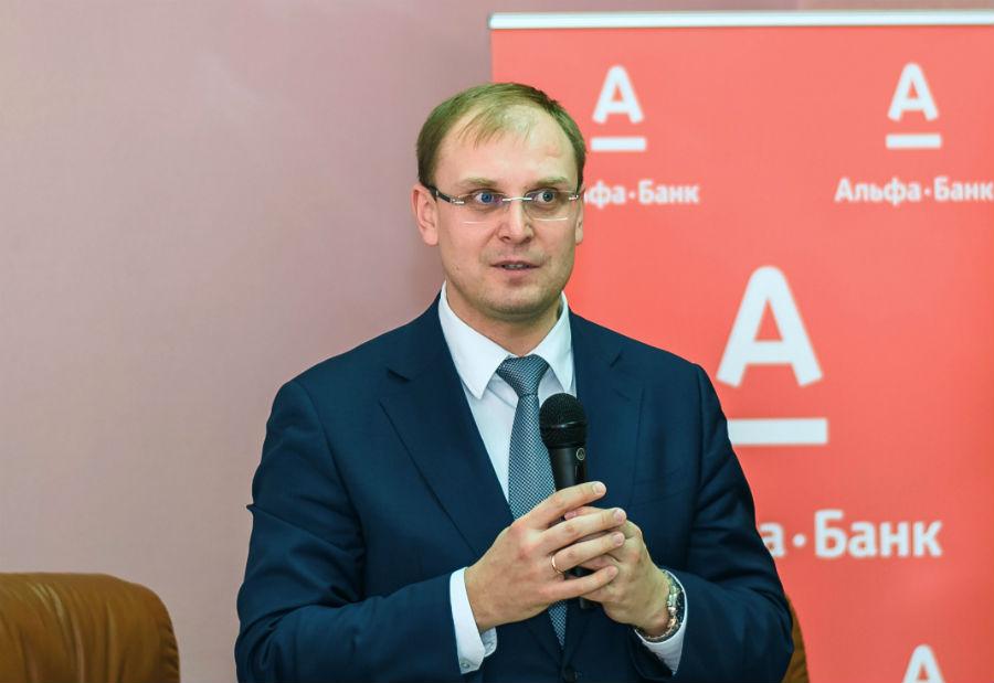 Первый заместитель Председателя Правительства Ульяновской области Александр Александрович Смекалин.