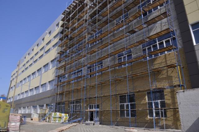 Для завершения работ в промышленном парке требуется еще400 миллионов рублей.