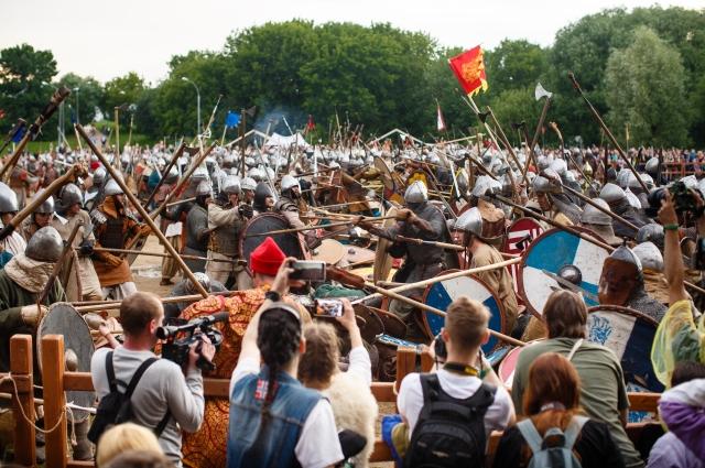 Битва тысячи мечей.