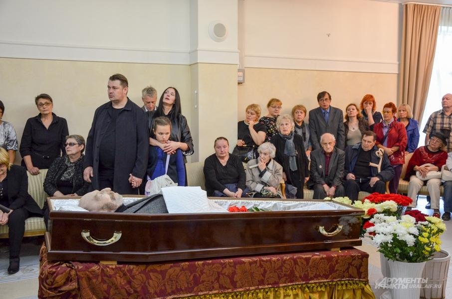 Прощание с Виталием Воловичем.