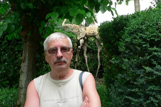 Евгений Филенко издается в столице, а живёт в Перми.