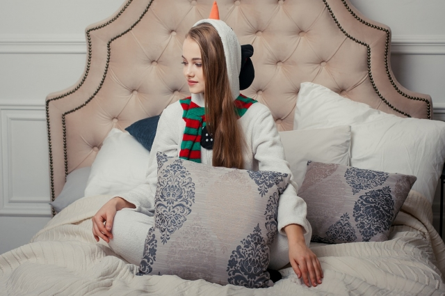 Новый год вполне можно встретить в пижаме, всё зависит от вашего выбора.