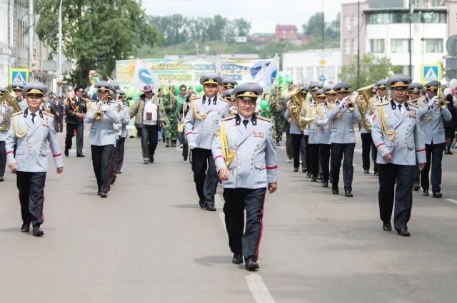 Гости из Монголии украсили День города своими выступлениями.