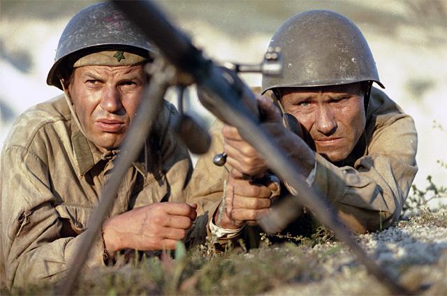 Георгий Бурков и Василий Шукшин в фильме «Они сражались за Родину», 1975 г.