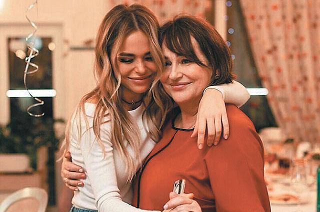 Актриса с мамой Татьяной.