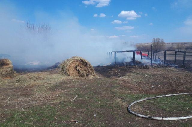Пожар в Бугурусланском районе, в с.Полибино.