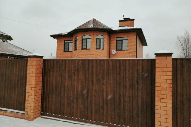 Дом Дениса Евсеева, где проходили обыски.