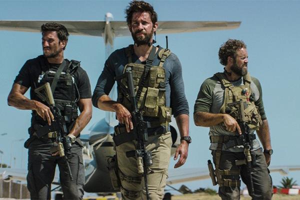 «13 часов: Тайные солдаты Бенгази».