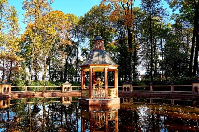 Несмотря ни на что, Летний сад и сегодня является одним из знаковых мест города, любимых как петербуржцами, так и его многочисленными гостями.
