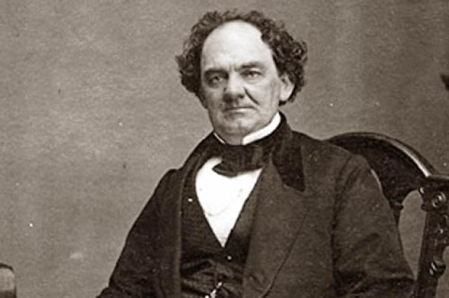 Барнум Снискал широкую известность своими мистификациями.