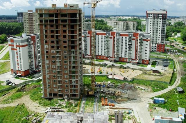 Риэлторы не скрывают, что предложение квартир в новых жилищных комплексах намного превышает спрос.