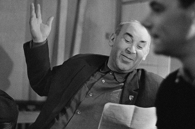 Готлиб Ронинсон на репетиции, 1967 г.