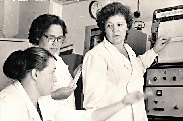 Нина Воинова с коллегами