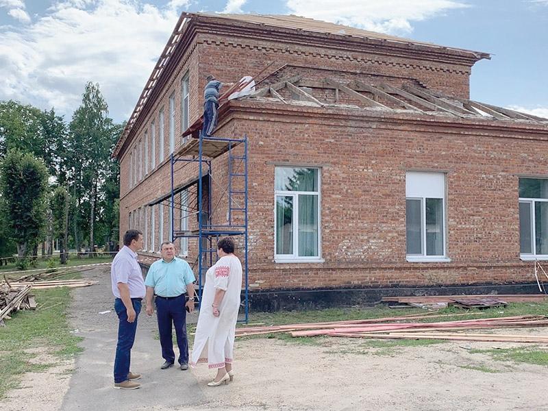 После ремонта школа стала комфортнее, но работы продолжаются.