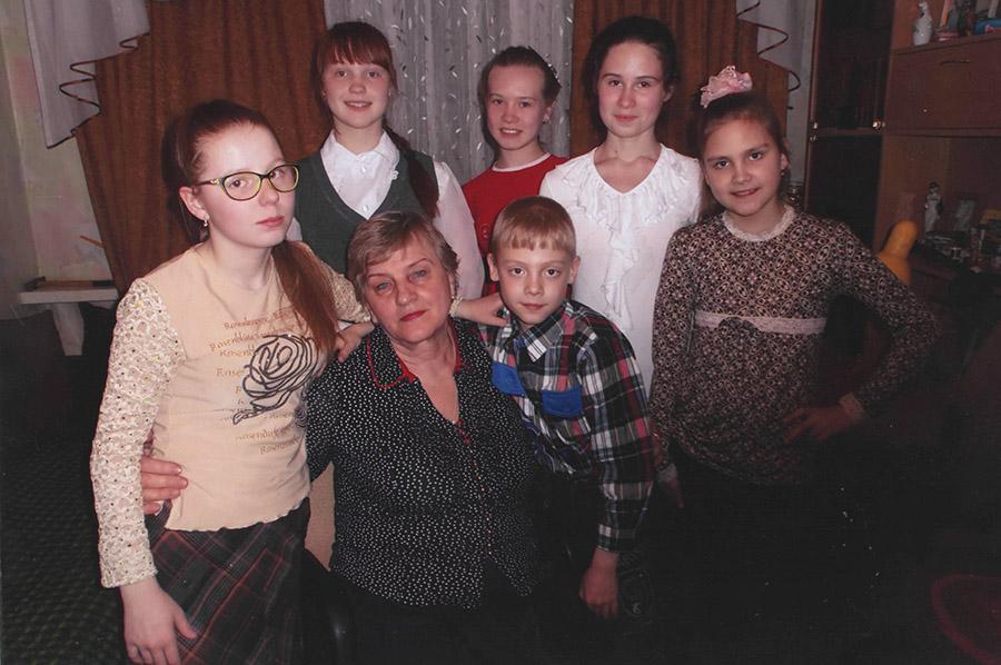 Многодетная семья Софроновых сегодня.