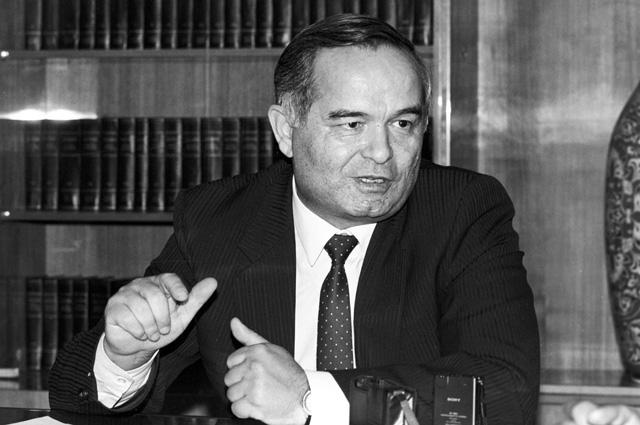 Президент Узбекистана Ислам Абдуганиевич Каримов. 1991 год.