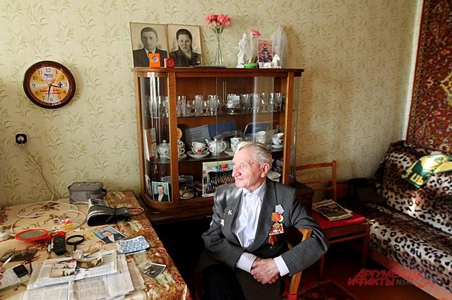 Леонид Бортников и не думал, что пройдёт две серьёзные и переломные битвы в Великой отечественной войне.