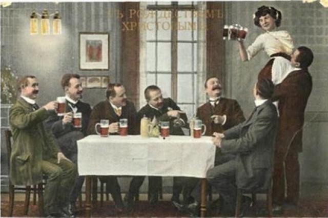 В 1910 году в городе на Неве проституцией промышляло около 2600 женщин.