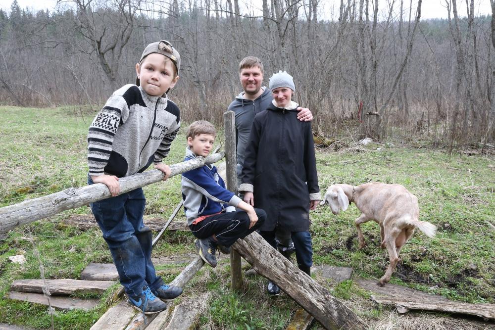 Хозяйство начали с покупки козы за 50 тыс. рублей.
