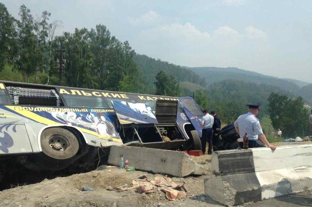 10 человек пострадали в ДТП.