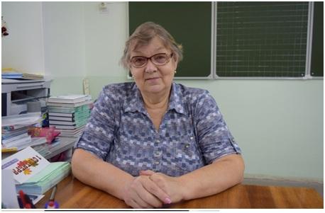 Учительница Ольга Солодянкина