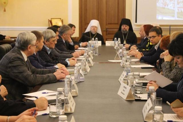 Общественный совет при Красноярской митрополии провёл последнее заседание в текущем году.