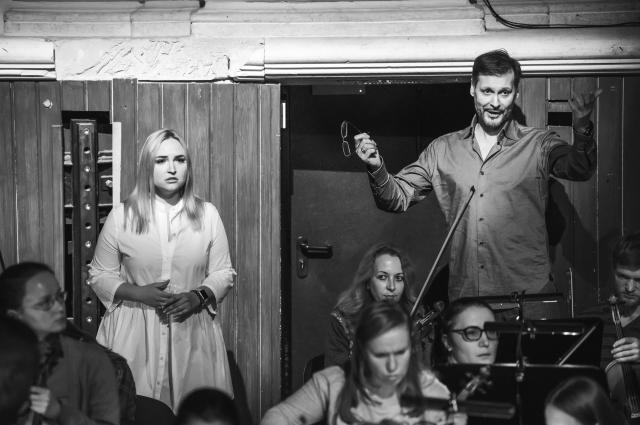 Репетиция «Дон Жуана» в Пермской опере. Анжелика Минасова (Донна Эльвира) и Аскар Абдразаков (Лепорелло).