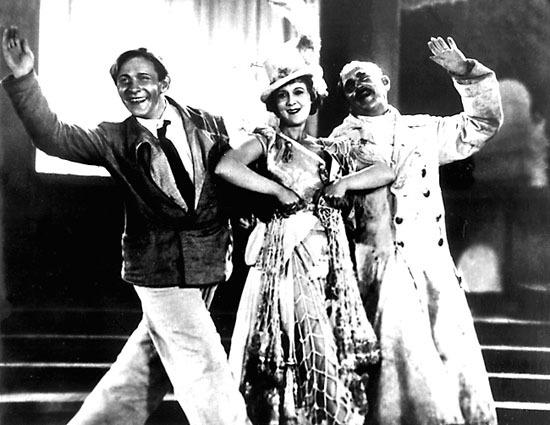 Леонид Утёсов в фильме Весёлые ребята, 1934 год