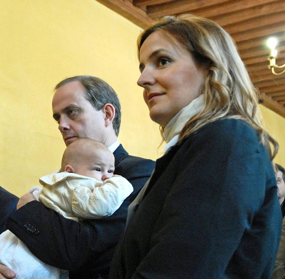 Жан Орлеанский с женой Филоменой и их сыном Гастоном.