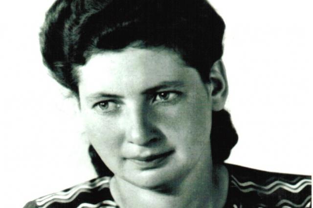 Мама Людмила Наумовна.
