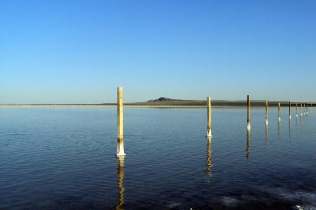 Чрезвычайно чистая соль озера составляет до 80 % от общей добычи соли в России