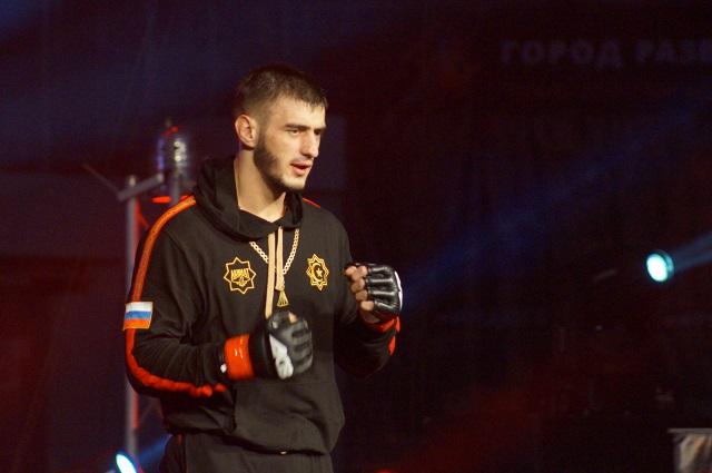 Боец из Грозного.