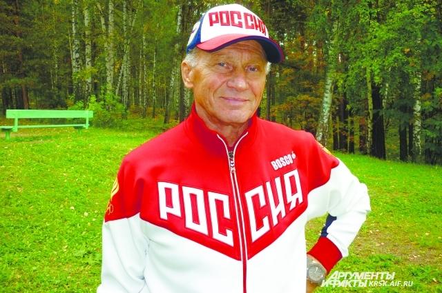 Тренер Виктор Соколов