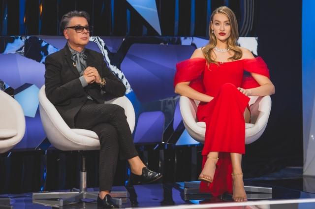 Вести шоу будет Мария Миногарова, один из членов жюри -  Валентин Юдашкин.