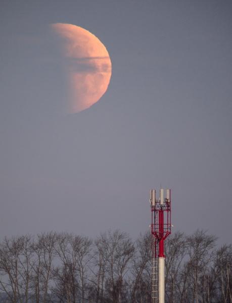 Лунное затмение в Екатеринбурге