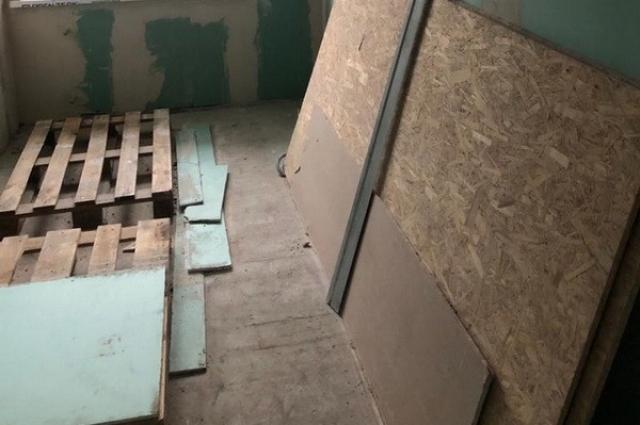 В Полтавской области чиновники присвоили выделенные на ремонт школы средства