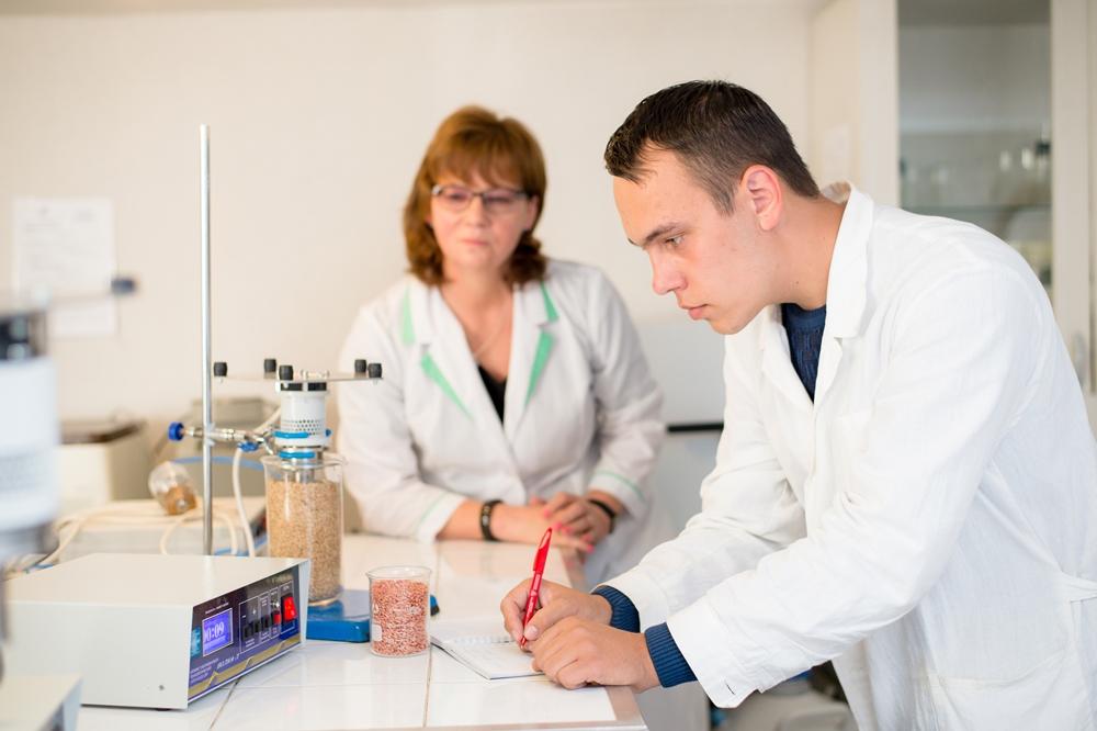 Международная лаборатория синтеза и анализа пищевых ингредиентов.